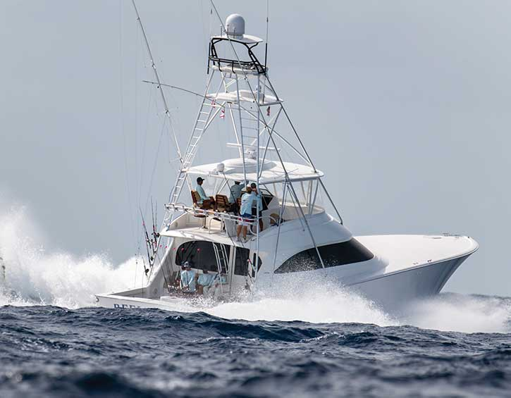 Viking sportfishing boat with TracVision UHD7