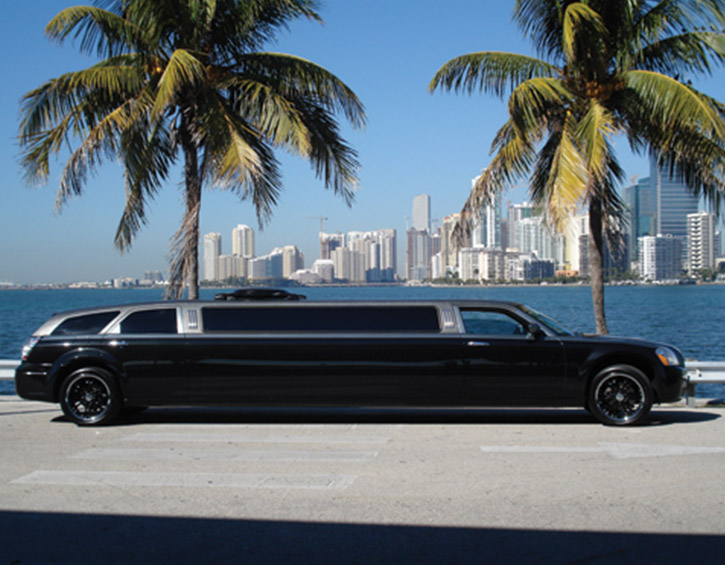 TracVision Land A9 outside with limo